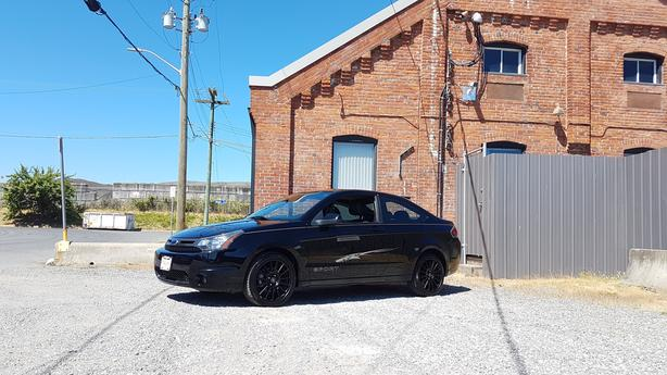 ** 2009 Ford Focus SPORT COUPE - LEATHER  ** 98K **