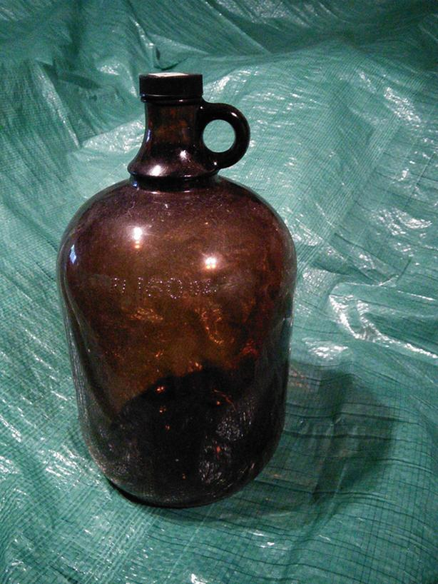 GALLON WINE JUGS