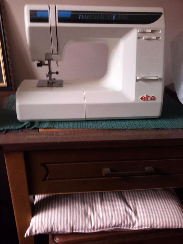 Sewing Machine Duncan Cowichan New Elna 3005 Sewing Machine