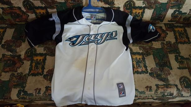 *UPDATED* MLB Jersey - Size L