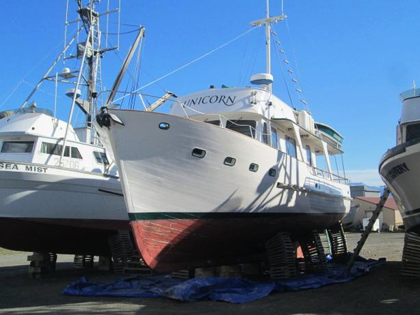 Classic Motor Yacht For Sale - Unicorn