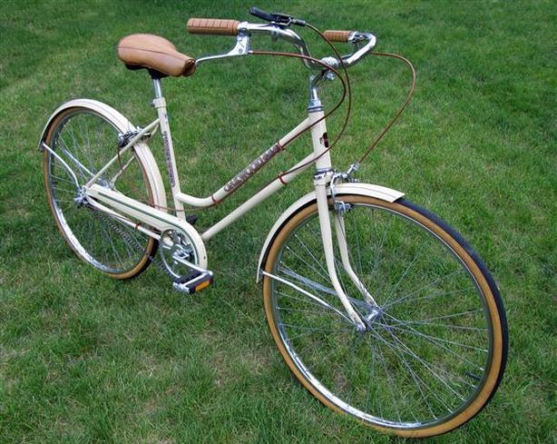 Vintage City Bicycle ~ Oakwood 3-speed
