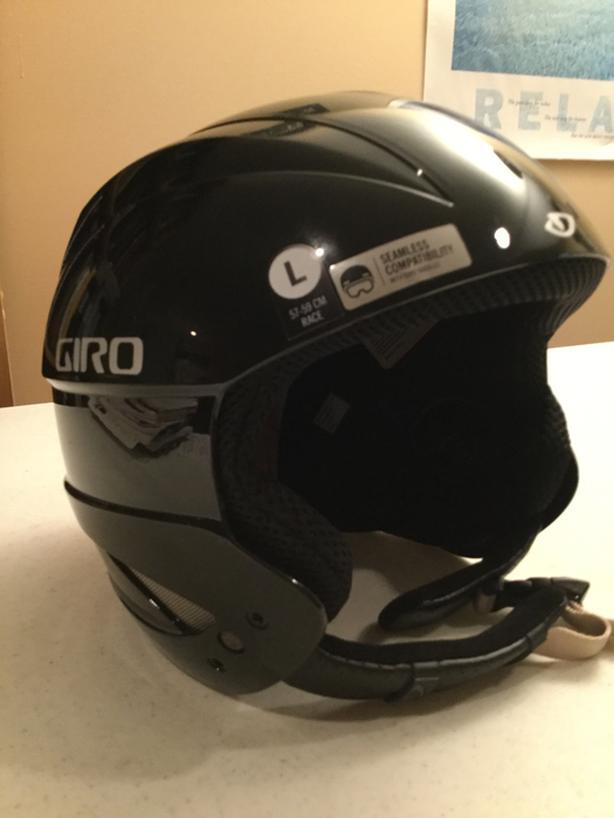 Giro Sestriere Ski/Snowboard Helmut for Sale.