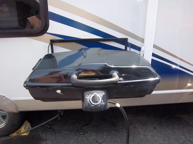 RVQ II by Vitco (BBQ for your RV) ((REDUCED))