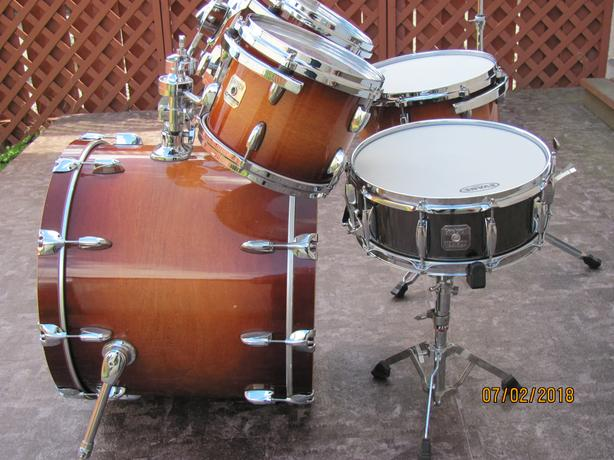 Gretsch drum set and snare