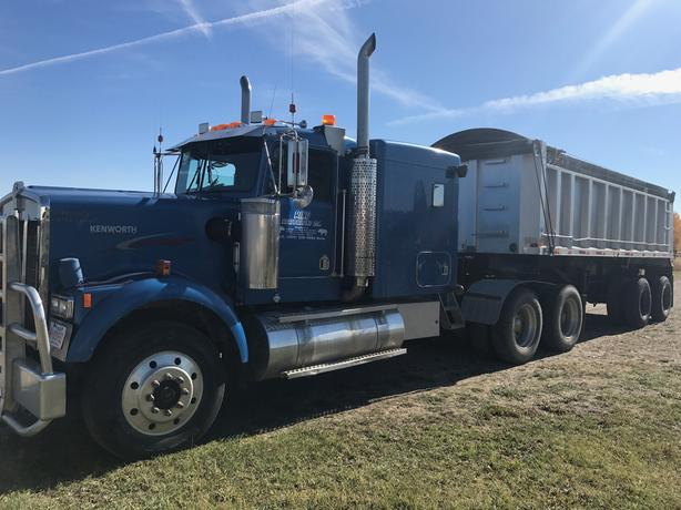 1995 Kenworth W900 and 26 ft Aluminum End Dump