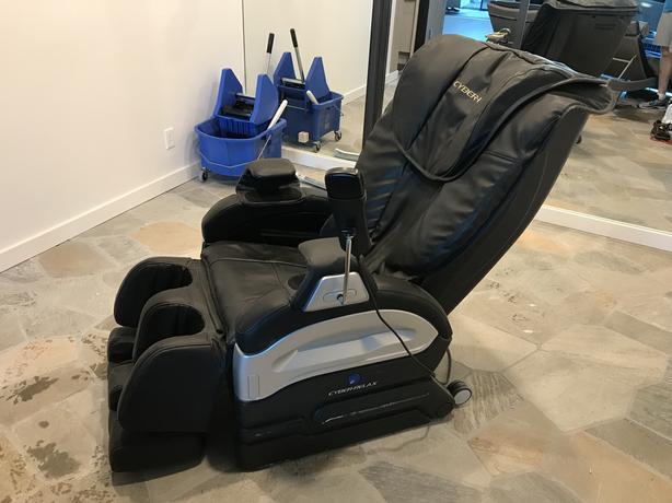Cyber Relax Massage Chair