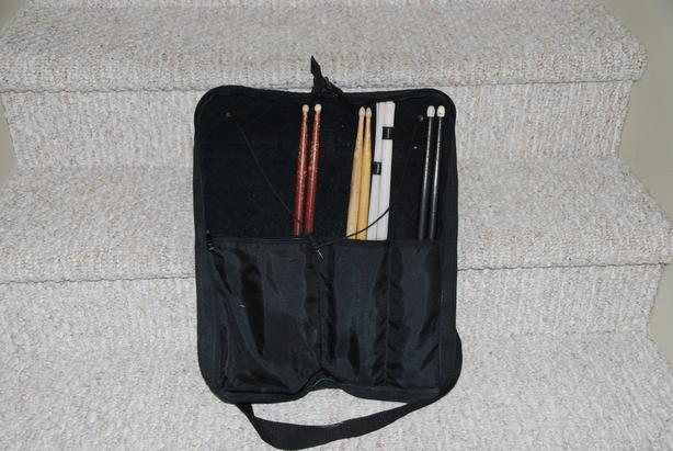 LP DRUMSTICK BAG WITH STICKS AND RODS