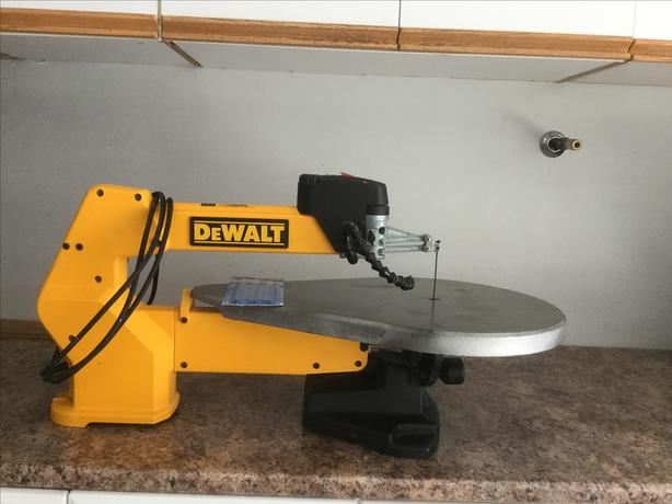 Dewalt 20 Scroll Saw