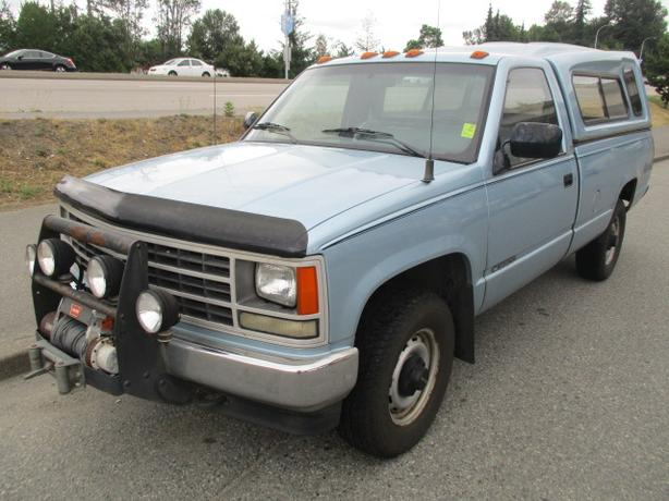 ***1989 CHEVROLET CHEYENNE 4X4 , FANTASTIC SHAPE , CALL 604-580-3161 ***