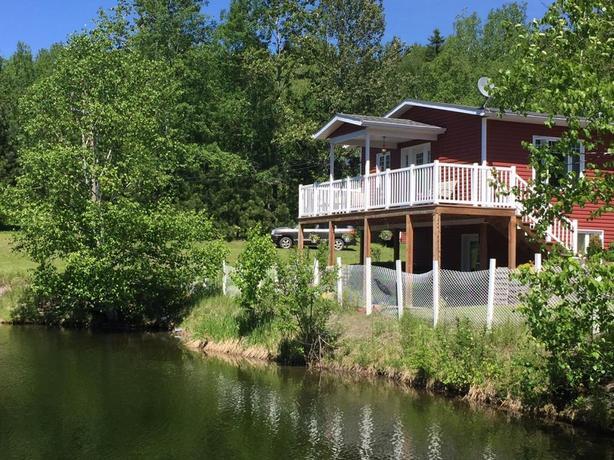 Domaine de 15 acres avec 3 lacs privés dans le Bas-St-Laurent 224 900$