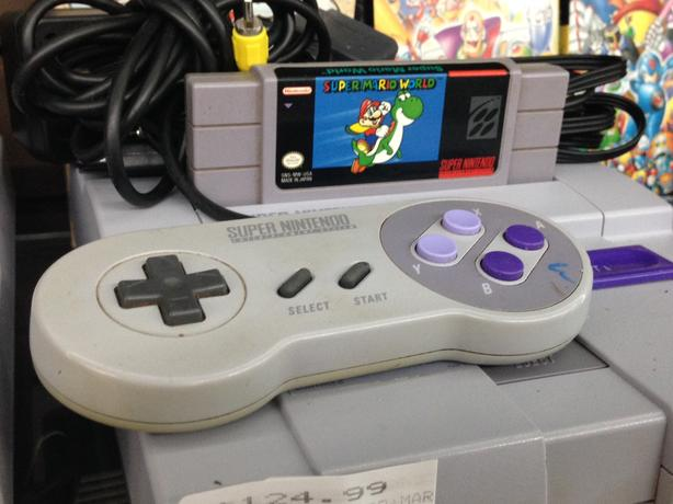 Super Nintendo Gaming Console Complete with  Game, Controller and Cables