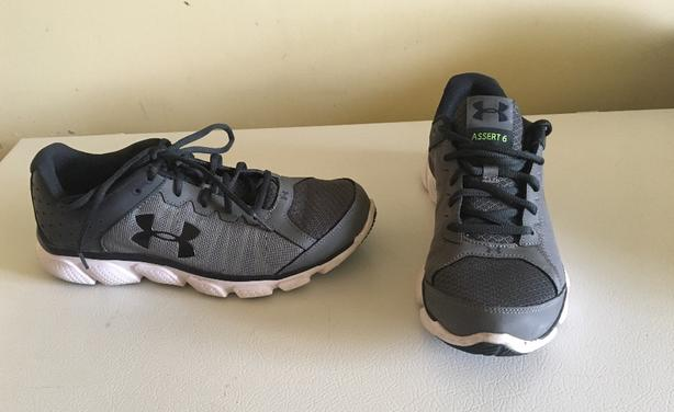Men's Under Armour Assert 6 Training Running hiShoes Size 9.5 US 43 EUR