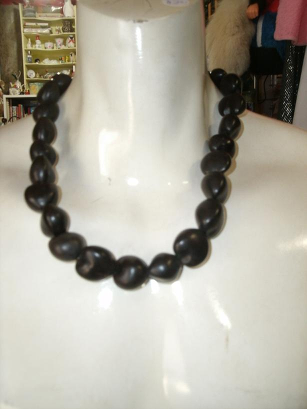 Hawaii Necklace Kukui Nuts