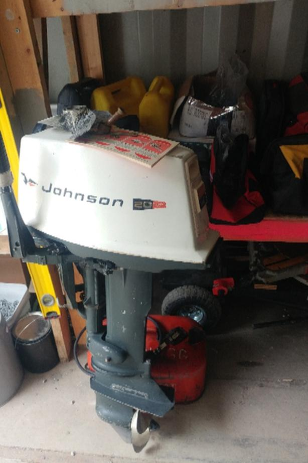 FOR TRADE: 1970 20hp johnson SS