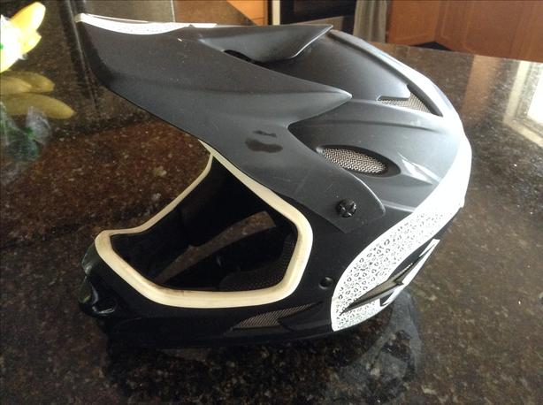 661 Full Face Downhill Mountain Bike Helmet South Nanaimo Nanaimo