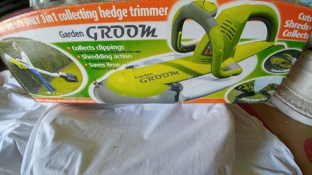 Garden Groom 3 in 1 Hedge Trimmer