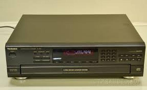 TECHNICS 5 DISK CD PLAYER GUARANTEED