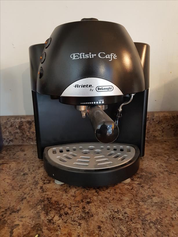 DeLonghi Elisir Cafe Espresso Machine