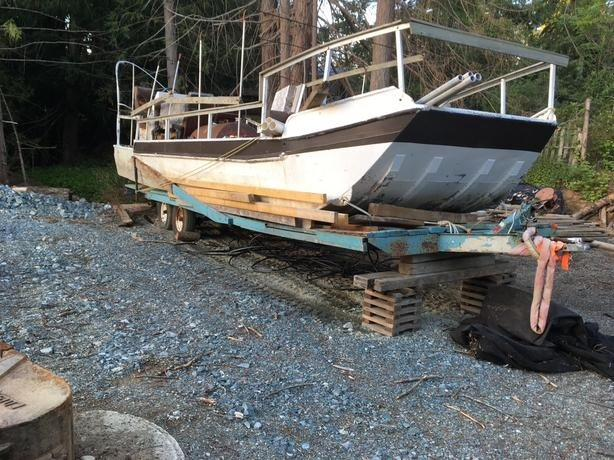 30' aluminum skiff for ocean or shallow rivers