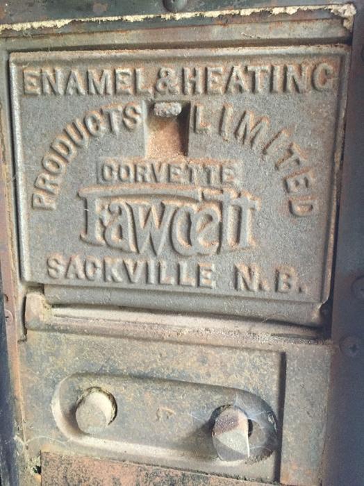 Fuel Bay Ridge >> 1937 Corvette Fawcett multi fuel burning stove. Outside ...