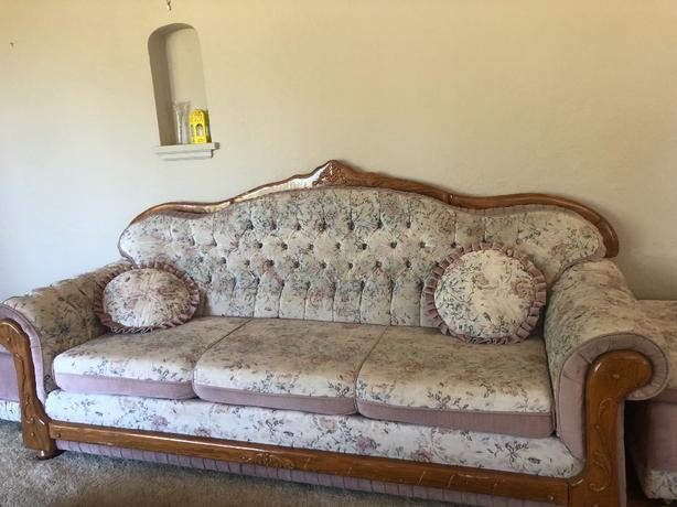 couch set (loveseat & two stools)