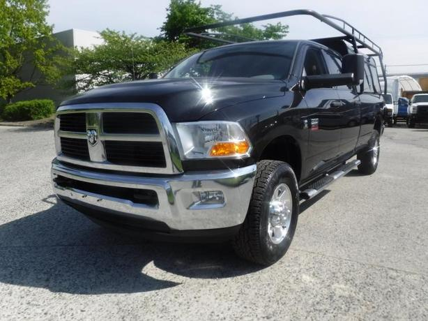 2010 Dodge RAM 3500 SLT Crew Cab 4WD Diesel Long Box with Canopy and Rack