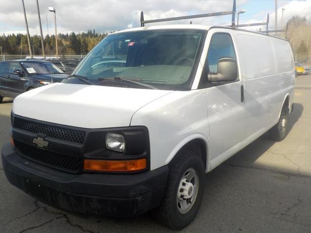 2007 Chevrolet Express 2500 Extended Cargo Van w/ Roof Rack