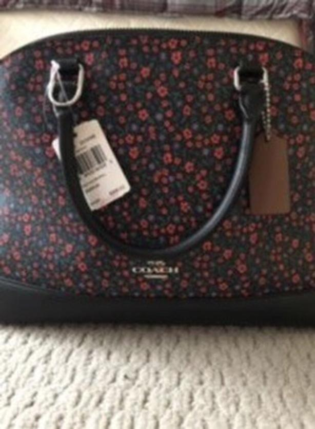 New coach purse. No holds