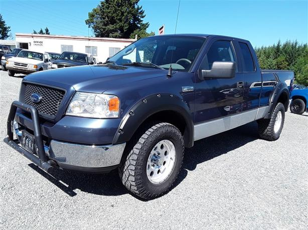 2005 Ford F150, 8 cyl with only 256k km, loaded up clean unit!!!