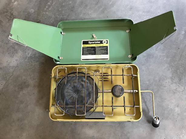Portable 2 burner propane stove/BBQ