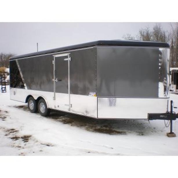 2016 United 8.5 x 25ft Enclosed Trailer