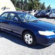 2001 Honda Accord Ex, 6 cyl FWD with 304k km, clean leather interior!