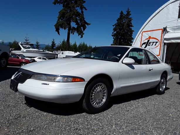 1995 Lincoln Mark 8, 8 cyl RWD with 206k km, clean leather interior!!!