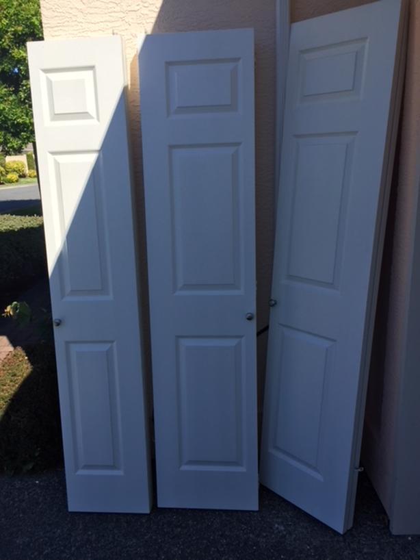 FREE: Bi-fold closet doors