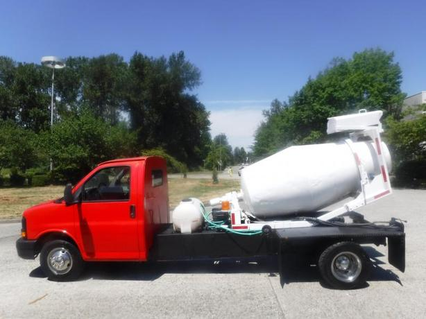 2007 GMC Savana G3500 CEMENT MIXER