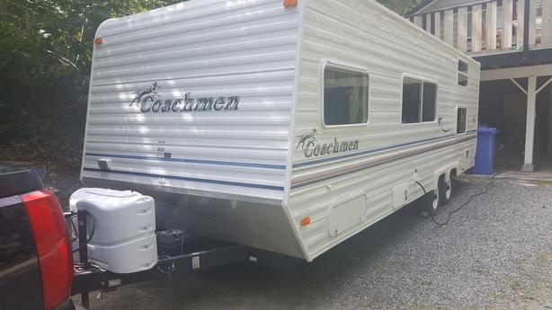 2003 24 ft. Coachmen Travel Trailer - Extra Clean!