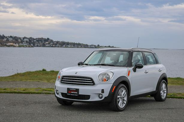 2012 Mini Cooper Countryman - NO ACCIDENTS!