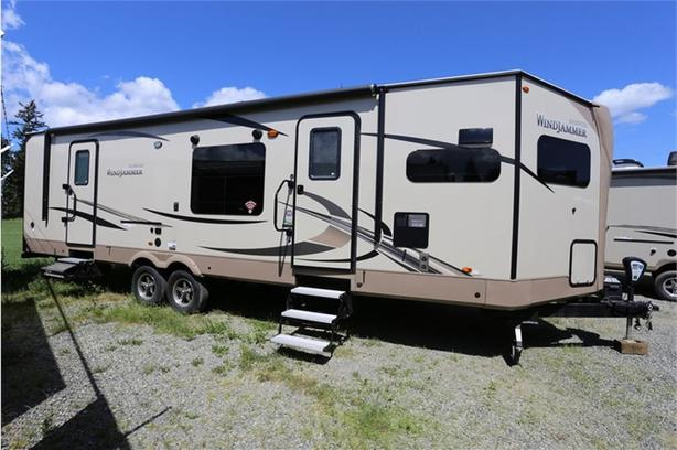 2018 Forest River Rockwood Windjammer 3008W -