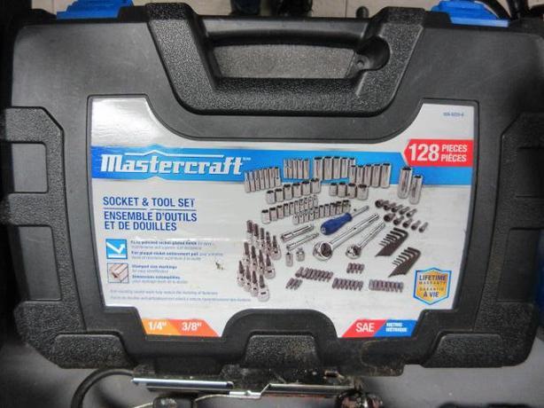 Mastercraft socket set  **Money Maxx**