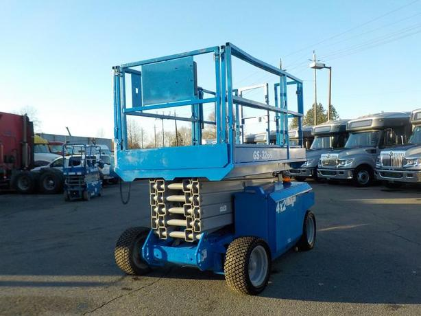 2007 Genie GS3268DC Electric Large Scissor Lift 4X2