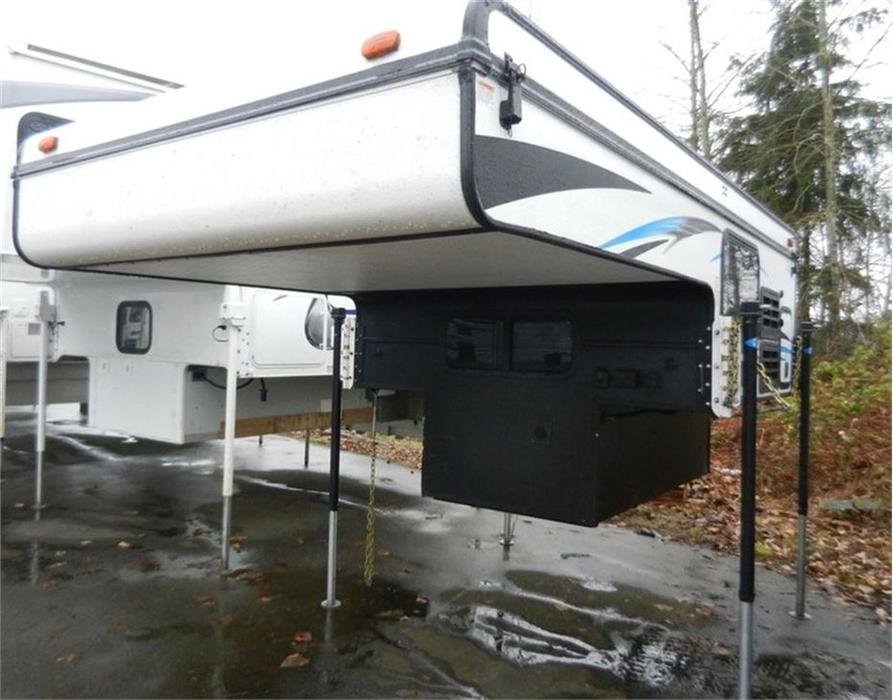 16 995 2016 Palomino Real Lite Truck Campers Soft Side Ss 1600