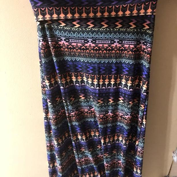LONG COLOURFUL SKIRT: SIZE SMALL