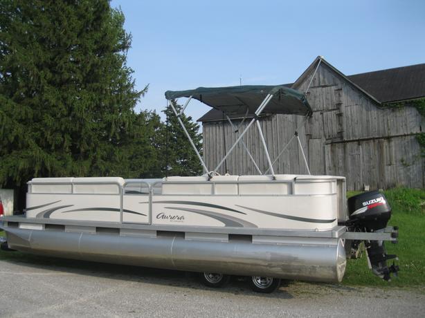 2007 Manitou Aurora 22 Pontoon Boat W 40hp Suzuki 2007