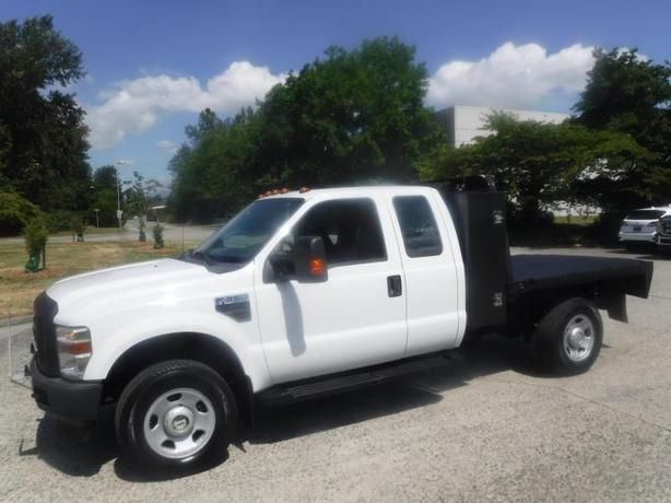 2009 Ford F-350 SD XLT SuperCab 8 Foot Flat Deck 4WD