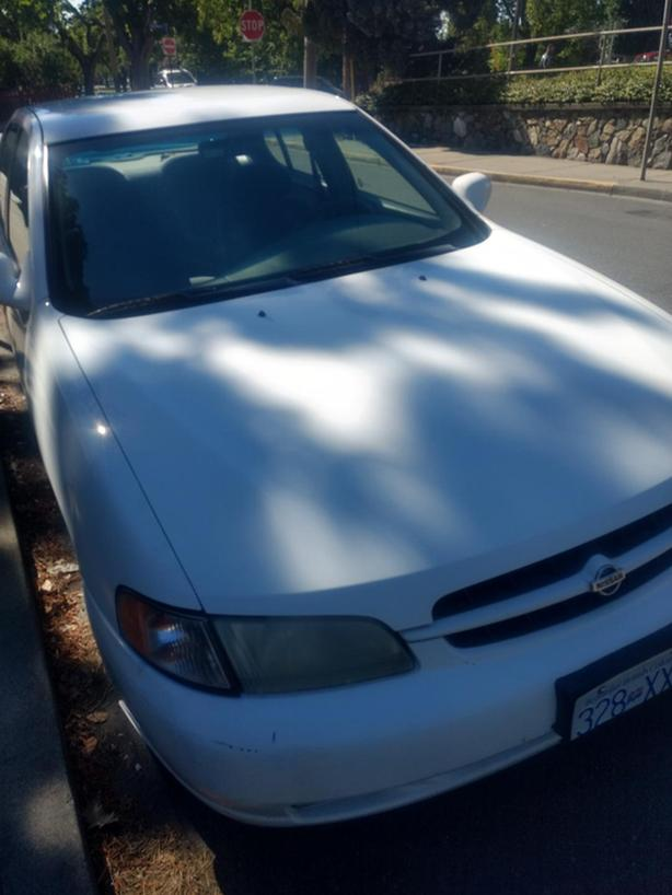 Nissan Altima 1998 for sale very cheap