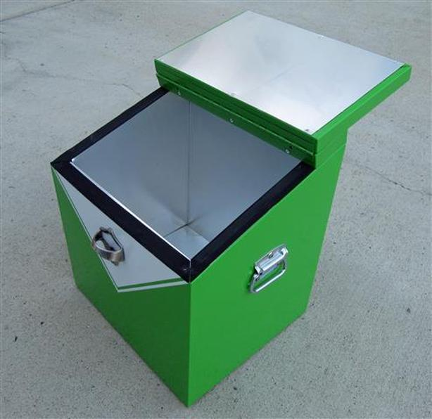 Metal Cooler ~ 24 bottle capacity