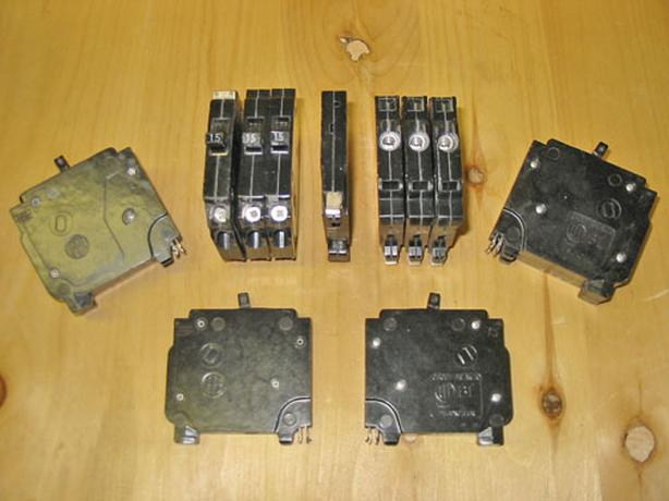 SIEMENS (ITE) Type BL 15 Amp, 1 Pole Circuit Breakers ~ Rare!
