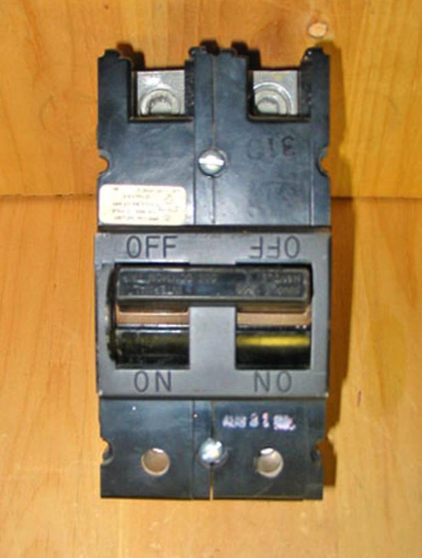 CEB / COMMANDER QFP 200 Amp Main Circuit Breaker (QFP2200) ~ Rare!