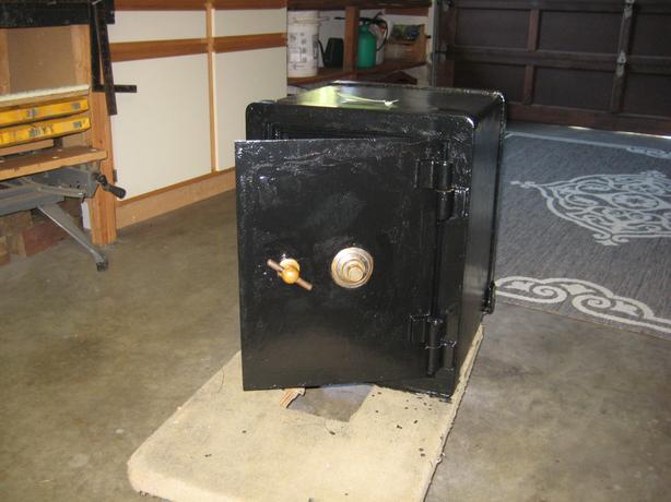 1920 fireproof safe